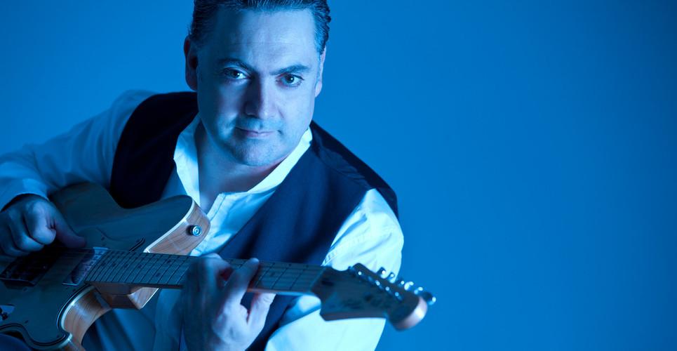 "Antonio Gómez Quartet. ""3x4"". Guitarrista versátil"