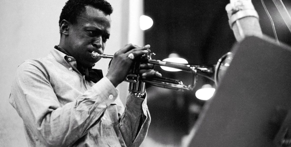 "Clasijazz Quintet plays Miles Davis ""Kind of Blue"". La modernidad de un anhelo ancestral"